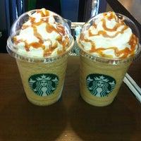 7/18/2013 tarihinde çisem o.ziyaretçi tarafından Starbucks'de çekilen fotoğraf