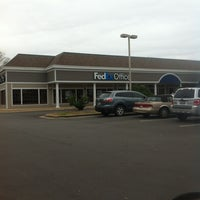 Photo taken at FedEx Office Print & Ship Center by Tamara E. on 1/6/2013