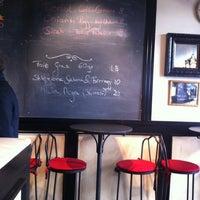 Foto scattata a Josephine Bistrot da Angela G. il 12/19/2012