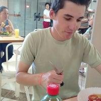 Photo taken at Restaurante Akazzo 53 by Eduardo F. on 3/7/2016