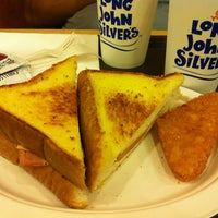 Photo taken at Long John Silver's by Rosa on 1/26/2013
