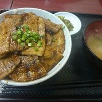 Photo taken at 門前仲町 もつよし by yamaberiku on 4/18/2014