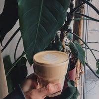 Снимок сделан в ЛУЧ кофе пользователем Юлия О. 2/22/2017
