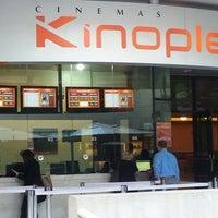 Foto tirada no(a) Kinoplex por Theo B. em 6/10/2013