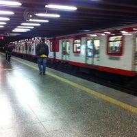 Foto tomada en Metro Santa Lucía por Luis R. el 1/19/2013
