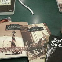 Photo taken at Barnes & Noble by Ava F. on 2/18/2017