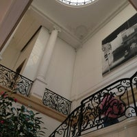 Photo taken at Neue Galerie by Boon Y. on 3/3/2013