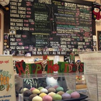 Photo taken at Bubbies Homemade Ice Cream & Desserts by Kerrie H. on 12/23/2012