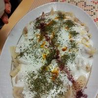 Photo taken at Öz Kafeterya Kayseri Mantıcısı by levent k. on 11/16/2012