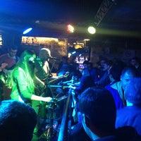 2/20/2015 tarihinde Burcu A.ziyaretçi tarafından The Goblin Bar'de çekilen fotoğraf
