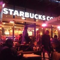 11/10/2012 tarihinde Emre T.ziyaretçi tarafından Starbucks'de çekilen fotoğraf