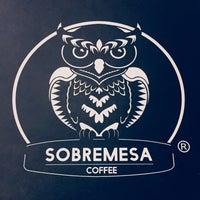 Photo prise au Sobremesa Coffee par Burak K. le6/6/2018