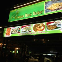 Photo taken at Aroma Ikan Bakar by iqbalslater on 2/11/2013
