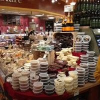 Foto tomada en Whole Foods Market por Jamie C. el 1/6/2013
