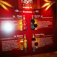 Foto tirada no(a) Rasen Bier por Deck Lounge Pub Bar em 7/17/2013