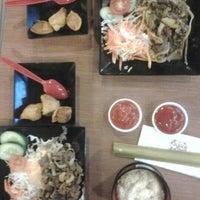 Photo taken at Hoka Hoka Bento by Gede W. on 11/2/2012