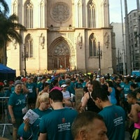 Photo taken at Circuito Popular de Corrida de Rua Cidade de SP by Anderson T. on 9/20/2015