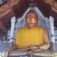 Photo taken at วัดพระจ้าหลวงสวนดอก by Pat W. on 2/16/2013