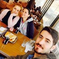 Photo taken at Meşhur Rodop Köftecisi by Osman ö. on 1/23/2017