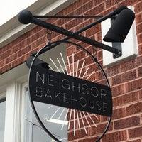 Foto tirada no(a) Neighbor Bakehouse por Lars H. em 4/22/2017