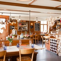 Das Foto wurde bei Restaurant GüggeliSternen von guggelisternen am 3/11/2017 aufgenommen