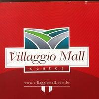 Foto tirada no(a) Villaggio Mall Center por Daniel F. em 11/13/2012