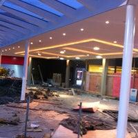 Foto tirada no(a) Villaggio Mall Center por Daniel F. em 11/23/2012
