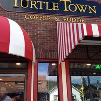 Photo taken at Turtle Town by Trish Y. on 7/15/2014
