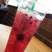Photo taken at Starbucks by Marisol G. on 6/24/2013