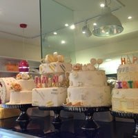 Photo taken at I LOVE CAKE by Crayon S. on 5/21/2013