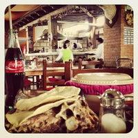 Foto diambil di Barbacoa El Carnalito oleh Rodrigo O. pada 10/13/2012