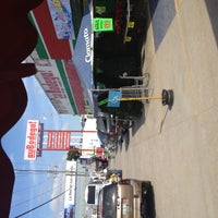Photo taken at suBodega! Curva by Yahir R. on 11/26/2012