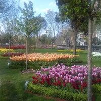 4/22/2013 tarihinde Fatmanur T.ziyaretçi tarafından Göztepe 60. Yıl Parkı'de çekilen fotoğraf