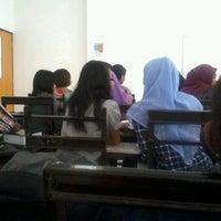 Photo taken at Institut Ilmu Kesehatan - IIK Bhakti Wiyata Kediri by Joseph O. on 10/31/2012