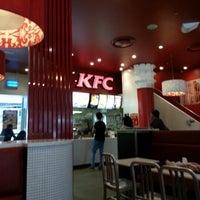Photo taken at KFC by Shri R. on 11/10/2012
