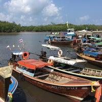 Photo taken at ท่าเทียบเรือท่องเที่ยวควนตุ้งกู by Eugene W. on 4/14/2016