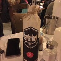 12/3/2015 tarihinde Dimitri L.ziyaretçi tarafından Balat Sahil Restaurant'de çekilen fotoğraf