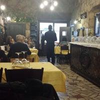 Foto scattata a La Grotta da Michele B. il 11/24/2013