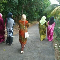 Photo taken at Kg Sg Melayu by Fakhri 1. on 10/31/2012