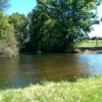 Foto tirada no(a) Milford- Kensington Trail por Brennan B. em 9/8/2014
