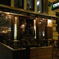 Photo taken at Ring Café & Burger Bar by Iván H. on 3/15/2013