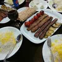 Photo taken at Islami Restaurant | رستوران اسلامی by Babak A. on 3/23/2017