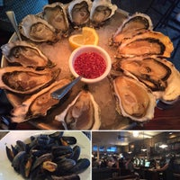 Photo taken at Wright Brothers Oyster & Porter House by Junghwan M. on 8/22/2016