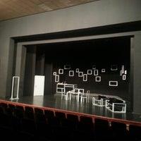 1/5/2013 tarihinde Esra Y.ziyaretçi tarafından Devlet Tiyatrosu Haluk Ongan Sahnesi'de çekilen fotoğraf