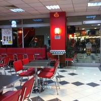 Photo taken at Burger King by Nermin İ. on 1/21/2013