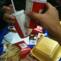 11/4/2012 tarihinde Mustafa M.ziyaretçi tarafından Burger King'de çekilen fotoğraf