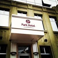 Снимок сделан в Park Hotel пользователем Алексей М. 6/16/2013