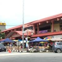 Photo taken at Pasar Marang by Si Zatul on 12/9/2016