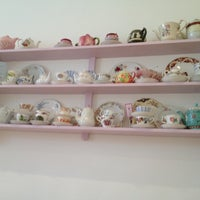 Photo taken at The Chelsea Teapot by Alessandra M. on 5/5/2013