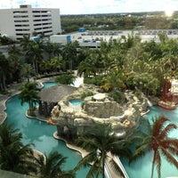 Photo taken at Seminole Hard Rock Hotel & Casino by Selina C. on 5/4/2013